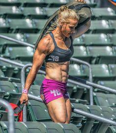 Girl Meets Strong — Denae Brown Reebok CrossFit Games 2015 | Photo...