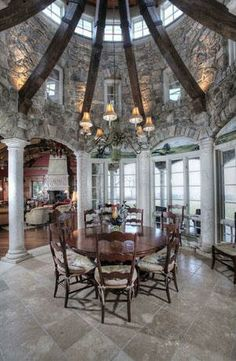 Breakfast Room: New Jersey Stone Estate
