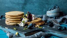 Frokostpannekaker med mandelmelk og chiafrø