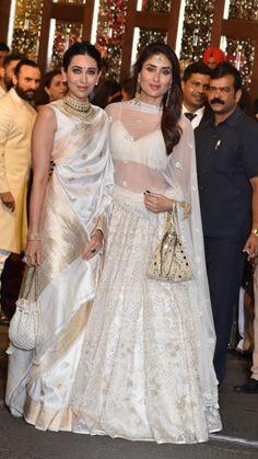 Karishma Kapoor And Kareena kapoor Indian Wedding Gowns, Indian Bridal, Indian Dresses, Indian Outfits, Kareena Kapoor Wedding, Kareena Kapoor Lehenga, Kareena Kapoor Khan, Kurti Neck Designs, Saree Blouse Designs