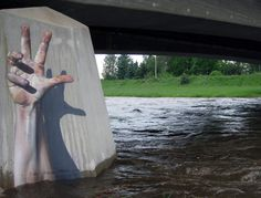 Illusion: The urban art of graffitist Tasso. Top: Photo © Atze Broncko. Photos © Tasso Link via Colossal and Juxtapoz. http://illusion.scene360.com/art/23748/im-still-alive-and-kicking/