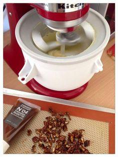 Glace vanille caramel noix de pécan