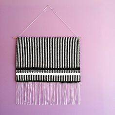 Fresh from the loom new black&white lines&dots weaving! 〰➰〰 #weaving #tapestry #tkanie #gobelin #blackandwhite #handmade #loom #craft