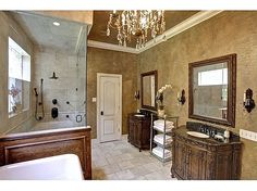 Kelly Clarkson's Bathroom