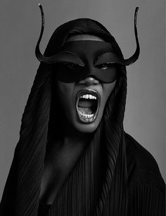 """Grace Jones. She was 18 when she moved back to New York, and signed on as a model with Wilhelmina Modeling agency. But, since her looks were not successfully received, she moved to Paris, France, where her androgynous, bold, dark-skinned appearance fostered her potential. She modeled for Yves Saint-Laurent, Claude Montana, Kenzo Takada, Helmut Newton, Guy Bourdin, Hans Feurer and Azzedine Alaïa, and she appeared on the covers of """"Elle"""", """"Vogue"""", and """"Der Stern""""."""