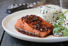 Marinated Salmon, Norwegian Food, Dinner Is Served, Weekly Menu, Cucumber Salad, Cooking Tips, Nom Nom, Seafood, Steak