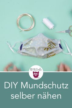 DIY mask yourself / mouth guard and breathing mask sew without sewing pattern with free sewing instructions for self-protection in the fight against Corona / - simple and quick instructions without bias tape. Sewing Hacks, Sewing Projects, Breathing Mask, Diy Mode, Mouth Guard, Dyi Crafts, Free Gift Cards, Bias Tape, Diy Videos