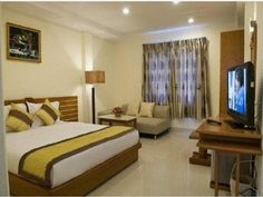 Ho Chi Minh City Hoang Phuong Hotel Vietnam, Asia Stop at Hoang Phuong Hotel to discover the wonders of Ho Chi Minh City. Offering a variety of facilities and services, the hotel provides all you need for a good night's sleep. All the necessary facilities, including free Wi-Fi in all rooms, 24-hour front desk, 24-hour room service, luggage storage, Wi-Fi in public areas, are at hand. Designed for comfort, selected guestrooms offer television LCD/plasma screen, internet access ...