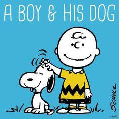 Un niño y su Snoopy!