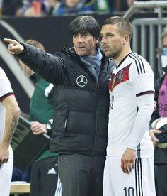 Jogi Löw with Lukas Podolski Football Coaches, World Football, World Cup 2014, Fifa World Cup, Arsenal Fc, Lukas Podolski, Arya, Coaching, Champion
