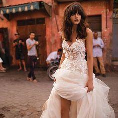 ��Liz Martinez�� #lizmartinez #MalibuBridal #moda #weddingdress #novias #weddinginspiration #wedding #hautecouture #luxurywedding #dreamwedding #fantasywedding #marriage #weddingideas #bridal #weddinggown #blog #españa #fashionblogger #bridalmarket #jm #선물  #gelin #editorial #bridalphotographer #gelinlik #engagementring #doubletap #latepost http://gelinshop.com/ipost/1504854639970188017/?code=BTiUVJuBXrx