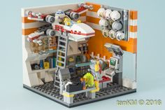 The version that all fits within the studs. Cool Boys Room, Lego Furniture, Amazing Lego Creations, Lego People, All Lego, Lego Room, Lego Design, Lego Worlds, X Wing