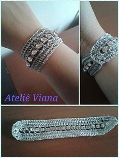 × - ideas hermosas y diferentes Crochet Beaded Bracelets, Lace Bracelet, Bead Crochet, Crochet Lace, Crochet Earrings, Crochet Jewelry Patterns, Crochet Accessories, Bracelet Patterns, Jewelry Crafts