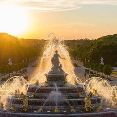 Um dia incrível no Castelo de Versailles. Querem saber mais? Já está lá no blog dá uma passadinha lá porque são muitas informações e muitas fotos não cabia aqui.