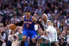 The Celtics Paul Pierce defending the Knicks Carmelo Anthony.