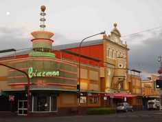 The Haunts of Brisbane: Toowoomba's Crown & Strand: vintage 'Gold Class' cinema with a few spirits thrown in!