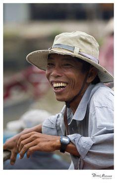 Floating markets, Mekong Delta, Vietnam    www.dorimoreno.com Mekong Delta, Panama Hat, Vietnam, Beautiful People, Hats, Hat, Hipster Hat, Panama