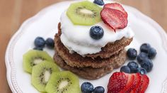 ¿Eres intolerante o alérgico al #gluten? ¡Esta receta es para ti! Disfruta estos deliciosos #hotcakes de avena y plátano