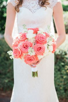 Coral and White Bridal Bouquet by Giordano's Floral Creation - Moorings Yatcht Country Club in Vero Beach Florida - Photo: Rowan Wells Photography - Click pin for more photos www.orangeblossombride.com
