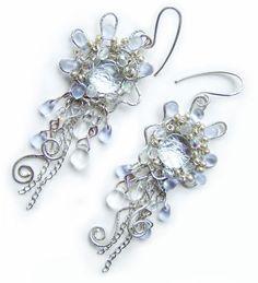 """Купить Комплект """"Иней"""" - авторские украшения, зима, серебристый, иней, посеребренная проволока, кристаллы сваровски"""
