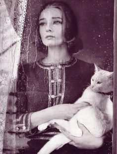 Audrey Hepburn photographed by Richard Avedon,1959