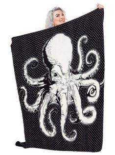 Buy the Octopus Blanket by Sourpuss Clothing (Black) at Inked Shop. We've got coupon codes every day!