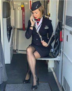 Yummy English stewardess leg-cross in short skirt with heels and nylons Belle Lingerie, Black Lingerie, Man Ray, Flight Attendant Hot, Airline Attendant, British Airways Cabin Crew, Flight Girls, Nylons, Airline Uniforms
