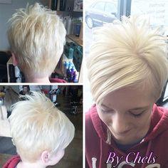 Short Hairstyles for Fine Straight Hair - Women Short Haircut
