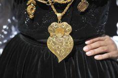 Portuguese folkloric costume - Noiva (Bride) or Mordoma Folk Costume, Costumes, Rich Family, Church Ceremony, Black Velvet, Commercial, Brooch, Pendant Necklace, Bride