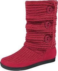 Resultado de imagen para botas tejidas a crochet Crochet Boots Pattern, Shoe Pattern, Crochet Slippers, Knit Crochet, Crochet Hats, Sock Shoes, Shoe Boots, Creative Shoes, Crochet Sandals