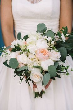 Understated Wachesaw Plantation Wedding — A Lowcountry Wedding Blog & Magazine - Charleston, Savannah, Hilton Head, Myrtle Beach