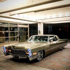 1968 Cadillac Calais on 22s