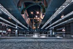https://flic.kr/p/uiJaEg | Origin of Road | 微妙に左右対称じゃないのでなんか不完全燃焼...(´Д` )  SIGMA DP1 Merrill  #cooljapan #100tokyo #東京夜間写真部 #elevatedexpressways