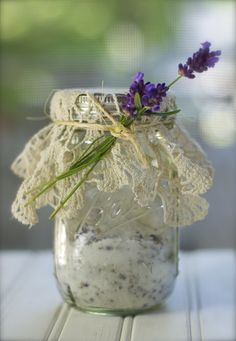 Gift idea and recipe to make lavendar-sugar. Looking for dried lavender. Think this will be perfect to make shortbread.
