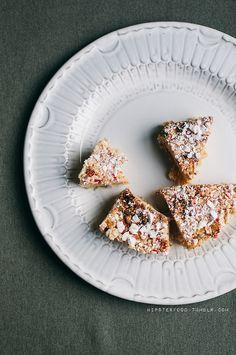 Quickie chocolate peppermint rice krispie treats~~Put...
