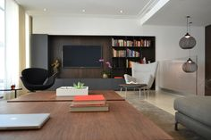 Modern interior design by West Chin Architects | Plastolux