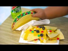 myfroggystuff - youtube - How to Make Doll Nachos and Tacos