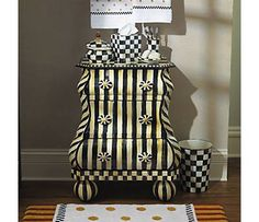 Hand painted Courtly Stripe Bombay.