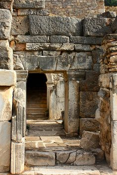 Ancient city of Ephesus, Turkey Ancient Mysteries, Ancient Ruins, Ancient Rome, Ancient Greece, Ancient Art, Ancient History, Ancient Architecture, Beautiful Architecture, Empire Ottoman