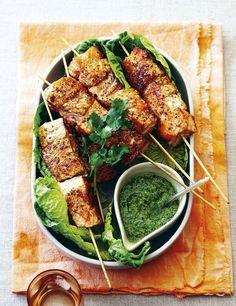 RECETTE. Brochettes de saumon au pesto de coriandre - L'EXPRESS