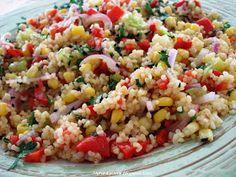 salata me pligouri laxanika kai menta Greek Recipes, Raw Food Recipes, Salad Recipes, Healthy Recipes, Food N, Food And Drink, The Joy Of Baking, Dips, Appetizer Salads