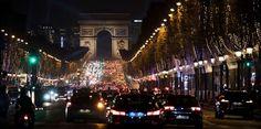 Une bagarre a dégénéré dimanche matin à Paris, rue de Ponthieu, à la sortie d'une boîte de nuit du quartiers des Champs Elysées. Des tirs d'arme à feu ont fait trois blessés. Les victimes sont deux jeunes hommes âgés d'une vingtaine d'années, dont l'un est très défavorablement connu de la police, selon les informations recueillies par Europe 1. Une troisième personne a été touchée par les tirs : il s'agit d'un chauffeur de VTC qui attendait un client.