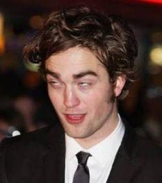 Robert Pattinson : Soûl après une soirée arrosée
