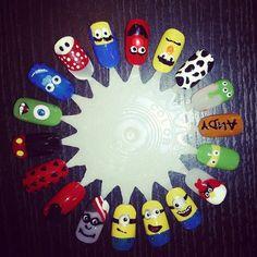 Character cartoon kids nail art wheel (LOVE the minions--Misty) Cartoon Nail Designs, Toe Nail Designs, Cute Nail Polish, Cute Nail Art, Nail Tek, Nail Art Wheel, Hard Nails, Nail Art For Kids, Animal Nail Art