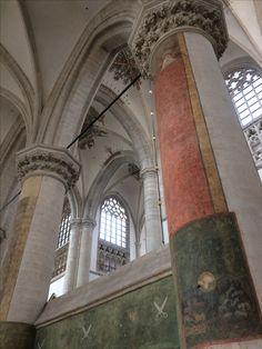 31 augustus 2017 - Stedelijk Museum Breda (samenvoeging van Breda's museum, Bisschoppelijk museum en MOTI sinds 2017) en de Grote of OLV Kerk van Breda (Brabantse Gotiek).