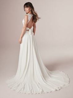 Maggie Bridal by Maggie Sottero Its a match! Sweet meets sexy in this keyhole back wedding dress, a gorgeous and affordable choice for the boho bride. Keyhole Back Wedding Dress, Boho Wedding Dress, Bridal Lace, Dream Wedding Dresses, Bridal Dresses, Wedding Gowns, Prom Dresses, Chico Dresses, Lace Dresses