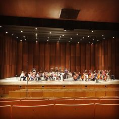 Excellent first day of tracking the music of #composer Alicia Terzian with the #Siberian State #Symphony #Orchestra and #conductor @vladimir_lande in #Krasnoyarsk #Siberia #Russia. #classical #music #recording #studio #concert #newmusic #quartertones #violin #viola #cello #bass #parmarecordings #woman #argentina #livinglegend #trailblazer