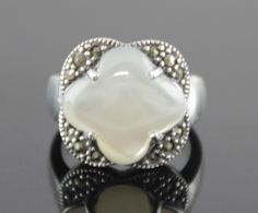 Sterling Silver Mother of Pearl Ring Size 5.5