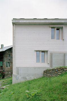 Gion A. Caminada - Totenstube 'Stiva da Morts', Vrin 2005