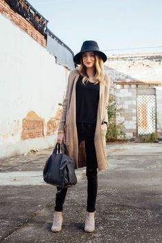 You guys, I cant stop buying long cardigans. Its not quite as bad as my hat addiction, but its...
